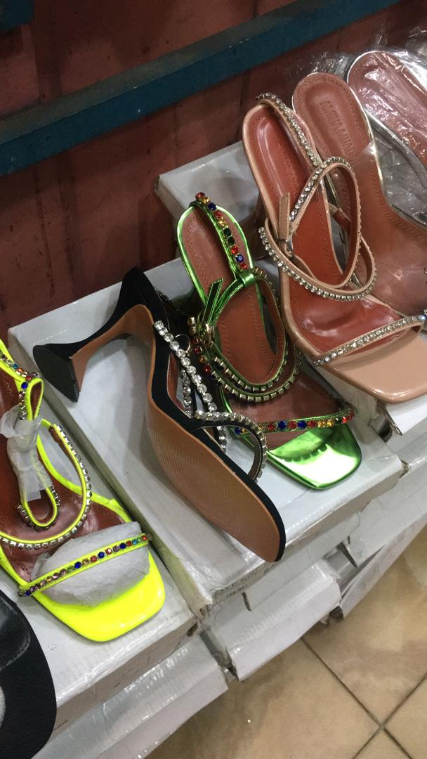 Studded sing strap sandals