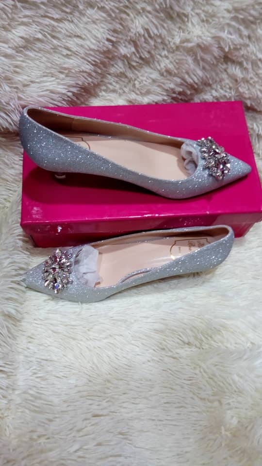 Classy lush pointed femme shoes for sale